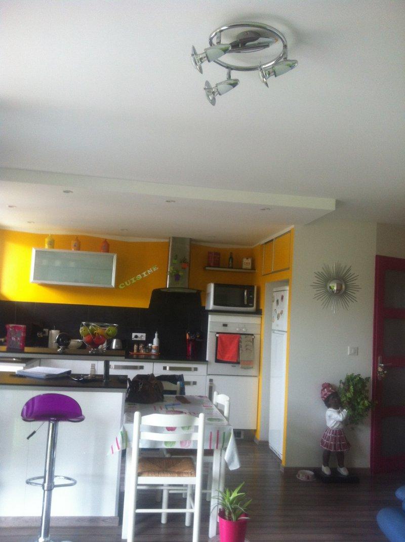 vente appartement 4 pieces de 58 m2 73000 chambery 93. Black Bedroom Furniture Sets. Home Design Ideas